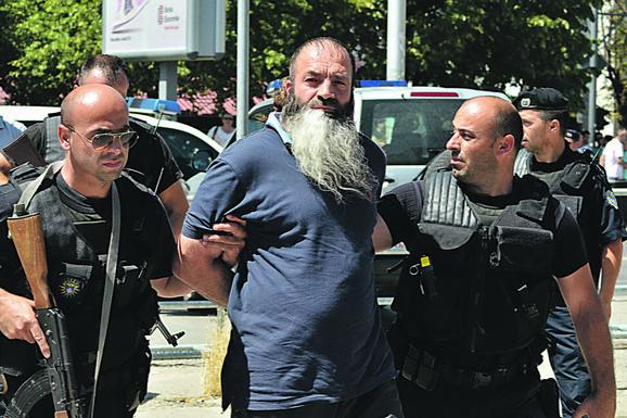 Pretnja: Privođenje radikalnih islamista na Kosovu foto:Reuters