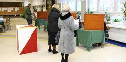Zmiany w ordynacji wyborczej. Poprawki PiS przyjęte