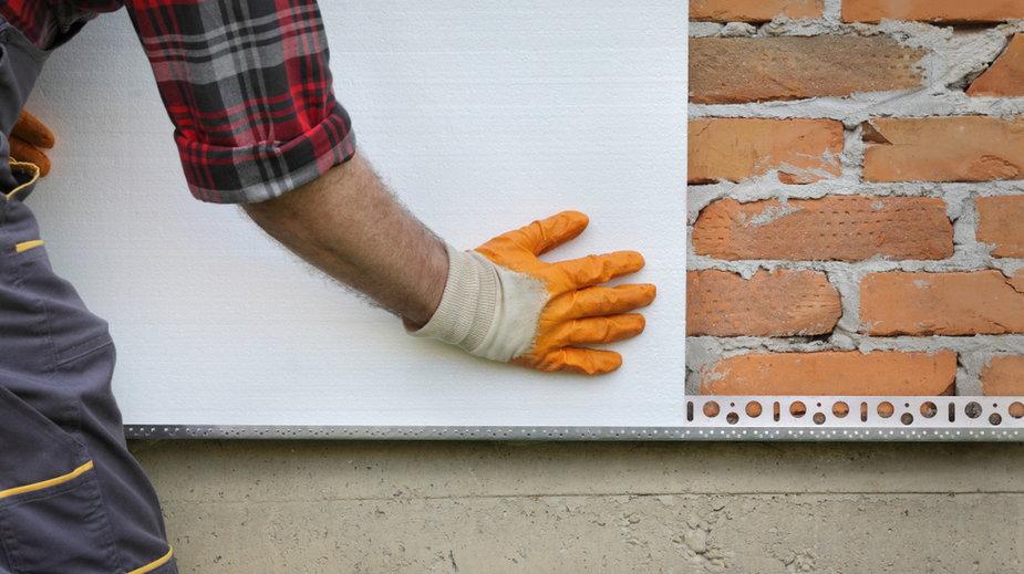 Co zrobić ze ścinkami styropianu pozostałymi po ociepleniu budynku?
