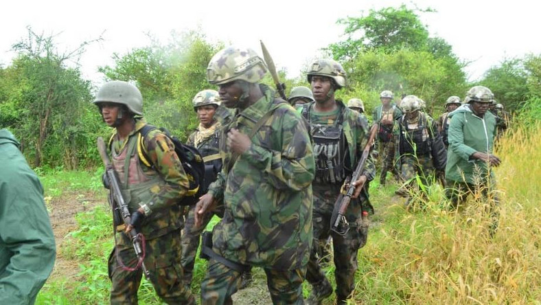 Troops kill 5 terrorists, rescue 7 kidnapped victims in Borno. [Twitter/@SaharaReporters]