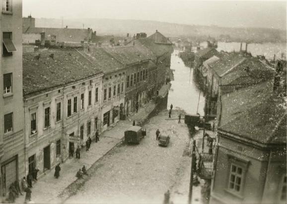 Ulica Braće Krsmanović nekad