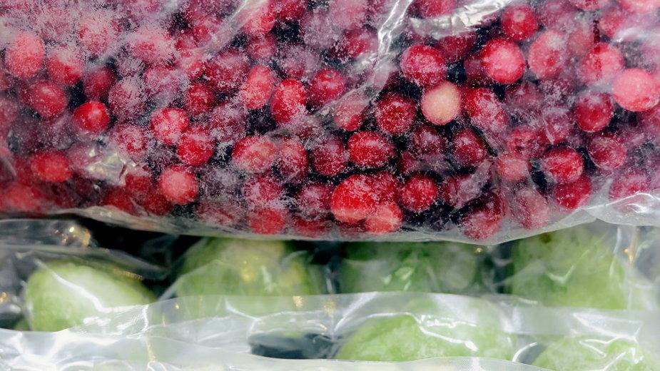 Mrożone owoce (zdjęcie ilustracyjne)
