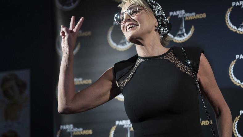 Sharon przebywa aktualnie w Paryżu. Dziś wieczorem uczestniczyła tam w gali wręczenia nagród PAMA (Paris Art and Movie Awards)...