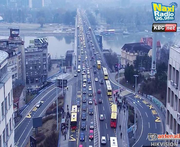 Pojačan saobraćaj na Brankovom mostu