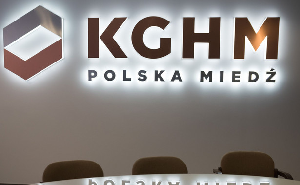 Bardziej udany, a przynajmniej dłuższy powrót do Polskiej Miedzi przypadł w udziale Piotrowi Walczakowi. Do połowy 2017 r. był wiceprezesem KGHM, zrezygnował. Po odwołaniu Domagalskiego-Łabędzkiego wrócił na stanowisko szefa Jednostki Ratownictwa Górniczo-Hutniczego (kierował nią w l. 2007–2008 i 2010–2016).