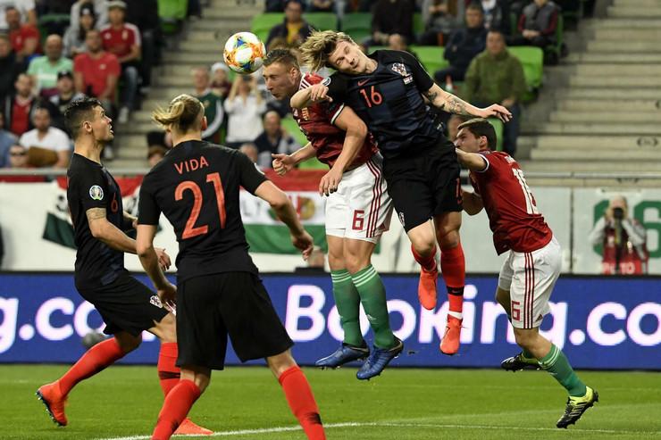 Fudbalska reprezentacija Mađarske, Fudbalska reprezentacija Hrvatske