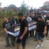 TUGA U KNJAŽEVCU Sahranjene žrtve pomahnitalog dede, tužnu povorku OBEZBEĐIVALA POLICIJA