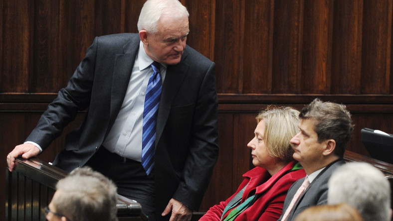 W ubiegłym tygodniu Janusz Palikot zapowiedział, że pozwie Leszka Millera do sądu. Teraz wycofuje się z tego pomysłu