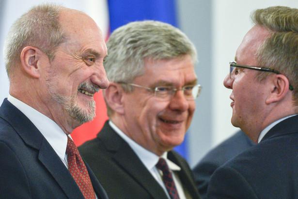 """Karczewski przypomniał też: """"W naszej części Unii społeczeństwa najbardziej popierają integrację. Jesteśmy sukcesem europejskiego projektu"""""""