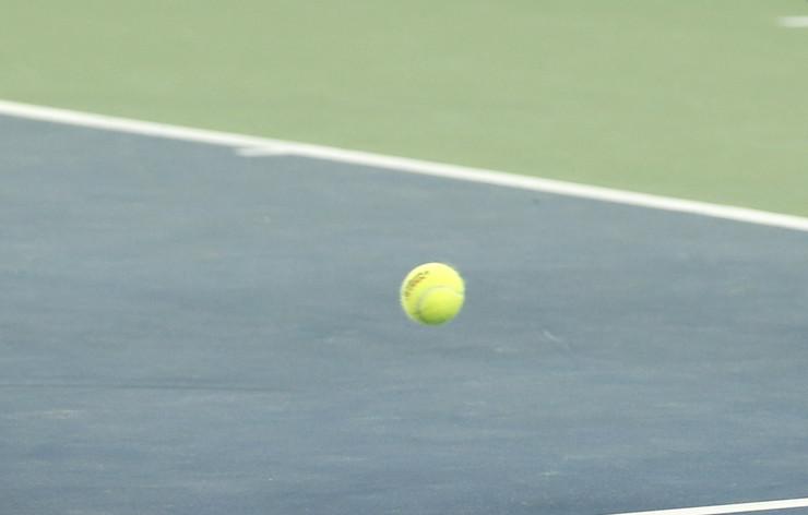 Teniska loptica