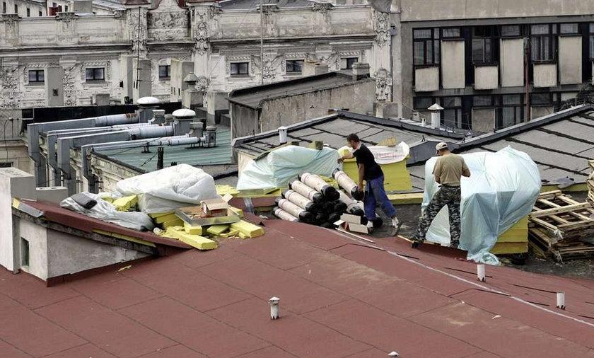 Urzędnicy sobie remontują, a my zmarzniemy w ruinie