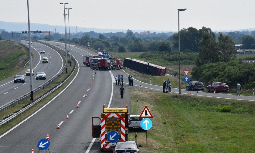 Wypadek autokaru w Chorwacji. Wiele ofiar. ZDJĘCIA