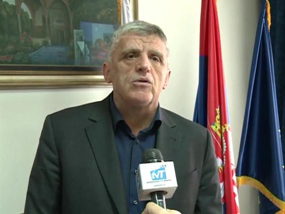 Šemsudin Kučević, predsednik Opštine Tutin, juče je poginuo u saobraćajnoj nesreći