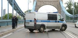 Mężczyzna skoczył z mostu Grunwaldzkiego do Odry