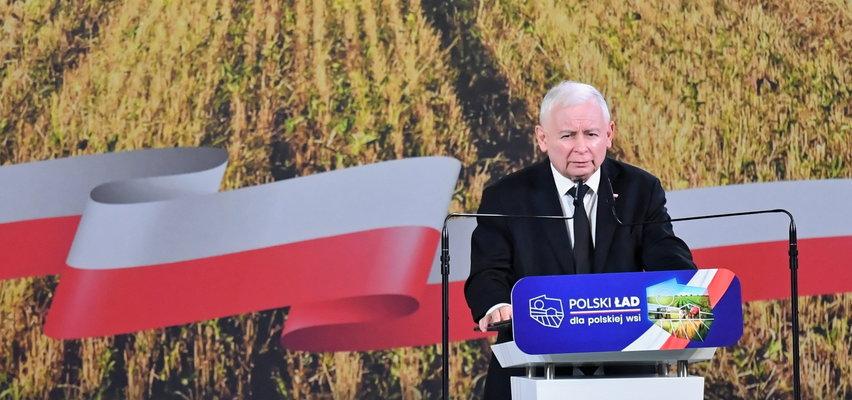 """Obietnice Kaczyńskiego dla wsi. Co o tym sądzą rolnicy? """"Kaczyński nie jest reprezentantem wsi"""""""