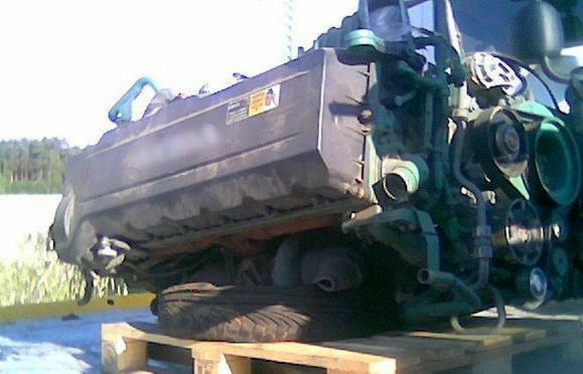 Pod Nowym Tomyślem zlikwidowano dziuplę z częściami kradzionych aut