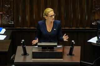 Nowacka: Nie ma zgody, by o życiu kobiet decydowali fanatycy