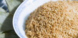 W ryżu jest zabójcza trucizna. Dodają jej w...