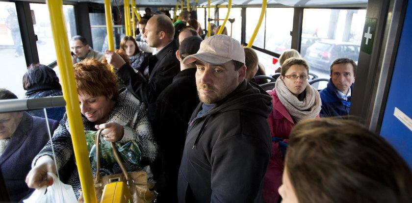Jeździsz autobusem? Ten gadżet jest dla ciebie
