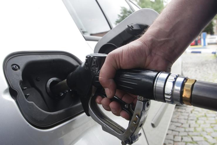 Benzinska pumpa Tocenje goriva