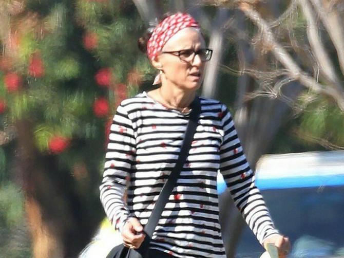 """""""Hej kanceru, JE*I SE"""": Glumica okačila prvu sliku nakon što je POBEDILA RAK i moćnom porukom sve oduševila"""