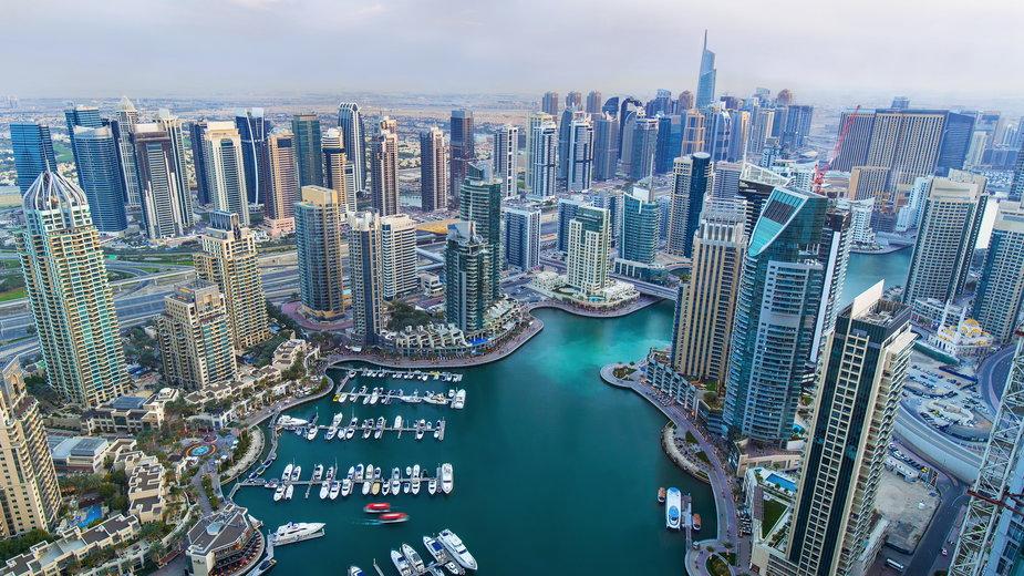 W Dubaju wywołują sztuczny deszcz