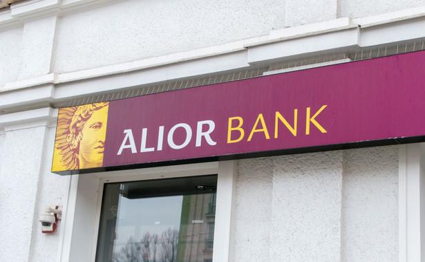 Alior Bank sprzedawał fundusze W Investments już po tym, jak pośrednio kontrolę nad nim przejął Skarb Państwa