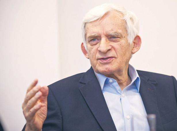 Jerzy Buzek, były premier, europoseł PO, sprawozdawca dyrektywy gazowej w PE