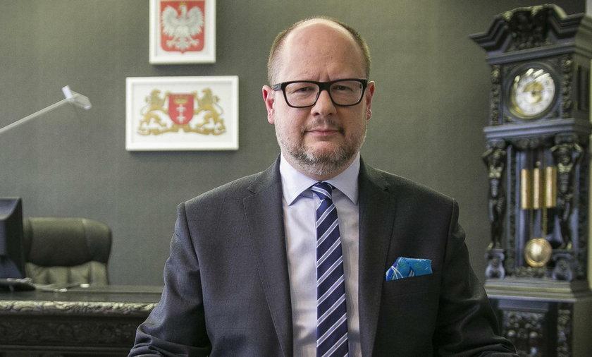 Paweł Adamowicz nie żyje. Spirala strachu