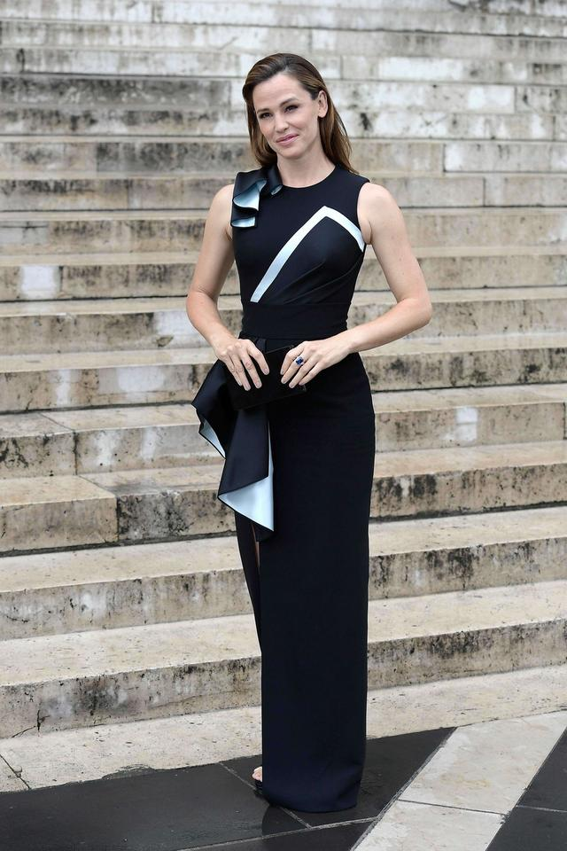 Paris Fashion Week: Jennifer Garner