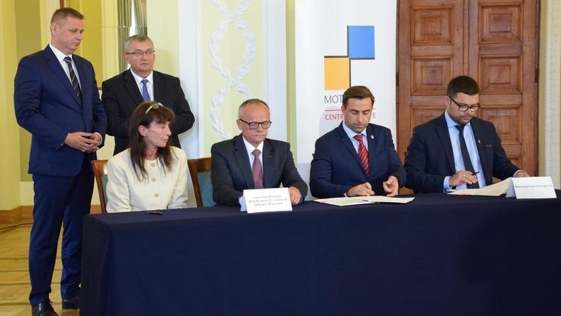 Dziś podpisano umowę na budowę trasy Grójec - Warszawa