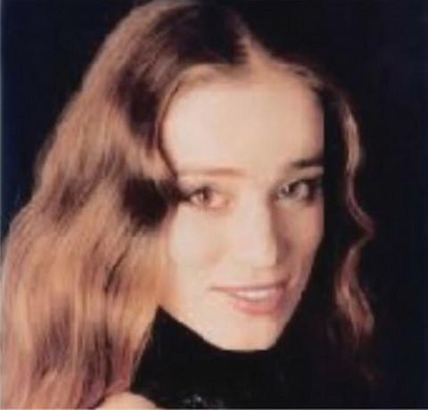 Govorili su da je najlepša domaća glumica, a onda je preko noći odlučila da se zamonaši i danas izgleda OVAKO!