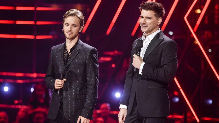 """Maciej Musiał i Tomasz Kammel podczas finału 10. edycji """"The Voice of Poland"""""""
