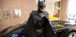 """Nie żyje """"Batman""""! Zginął przy swoim batmobilu!"""