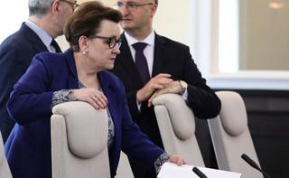 Zalewska: Kończymy pisać ustawę, która zagwarantuje nauczycielom podwyżki
