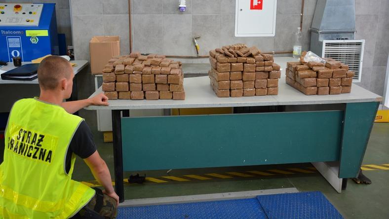 117 kilogramów haszyszu zapakowano w hermetyczne paczki