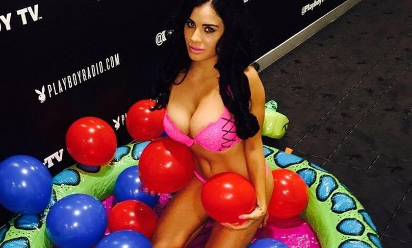 Gwiazdor Chelsea zatrudnił gwiazdę Playboya jako... korepetytorkę!