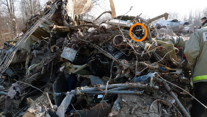 Analiza próbek wyklucza wybuch na pokładzie tupolewa