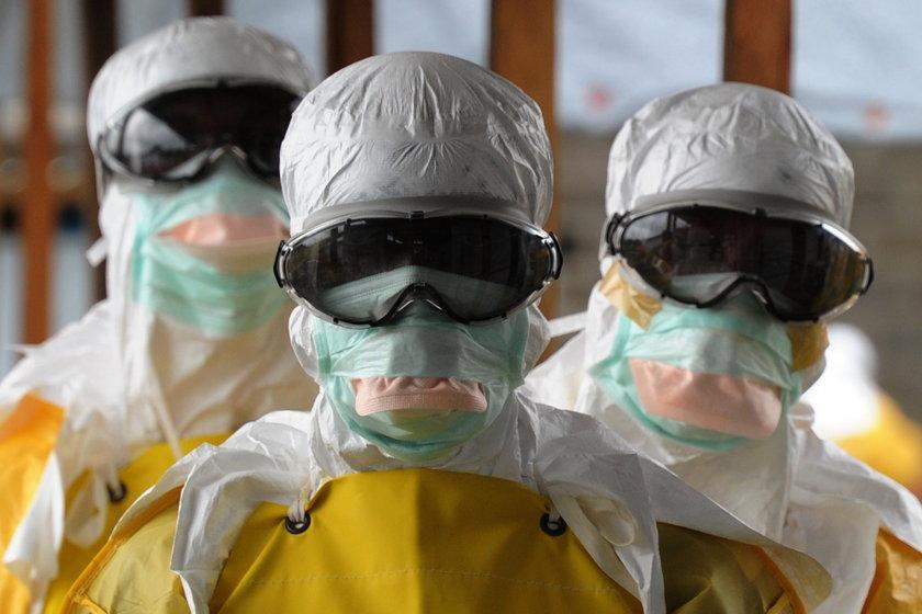 Śmierć pacjenta z ebolą