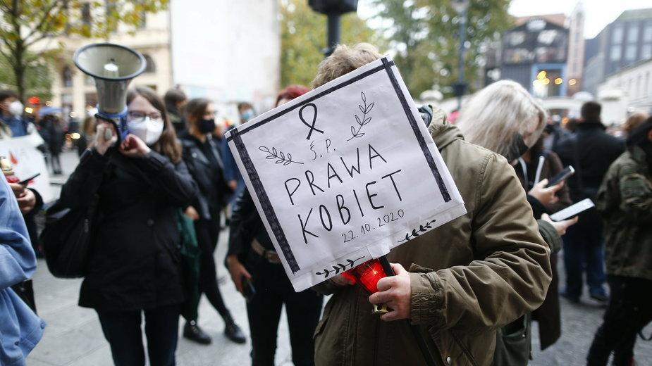 Protest przeciwko zaostrzeniu prawa aborcyjnego