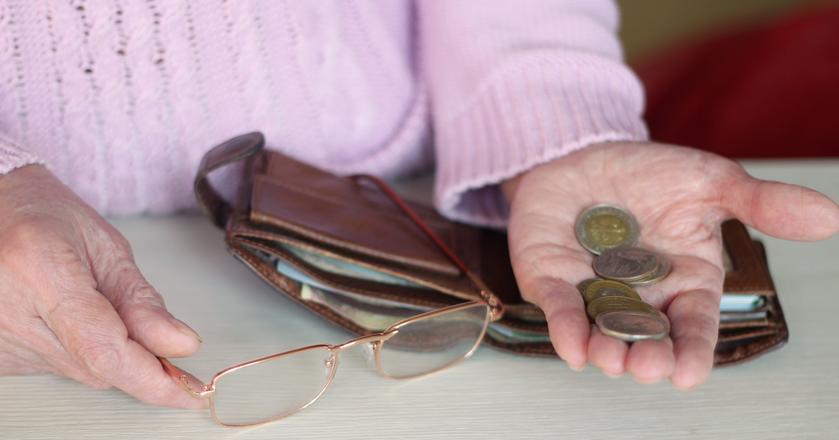 Prezes ZUS Gertruda Uścińska przyznaje, że problem bardzo niskich emerytur będzie narastał