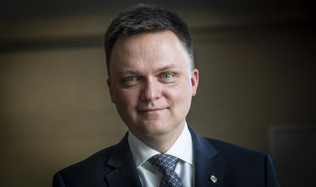 Lider Polski 2050 Szymon Hołownia w lutym po raz kolejny stanął na czele rankingu zaufania