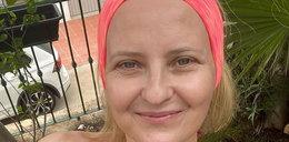 51-letnia Izabela Kuna półnago na plaży, bez biustonosza... Fani oniemieli!