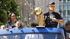 NBA: mistrzowska parada koszykarzy Golden State w Oakland