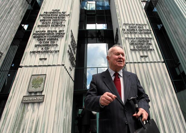 Były I Sekretarz PZPR Stanislaw Kania zostal prawomocnie uniewinniony w sprawie wprowadzenia stanu wojennego