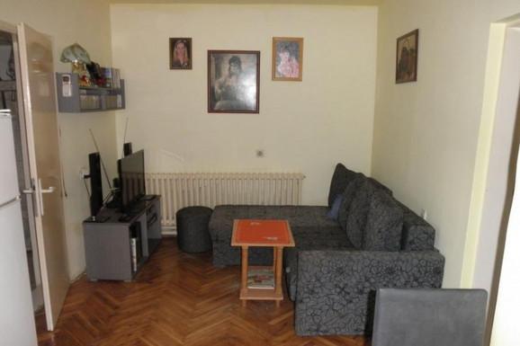 Kuća u Novom Sadu za 5.150 evra