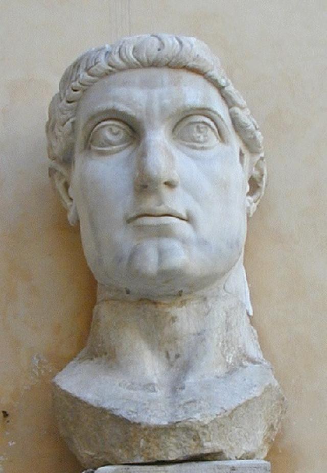Konstantin Veliki - glava kolosalne statue izrađene 313-14
