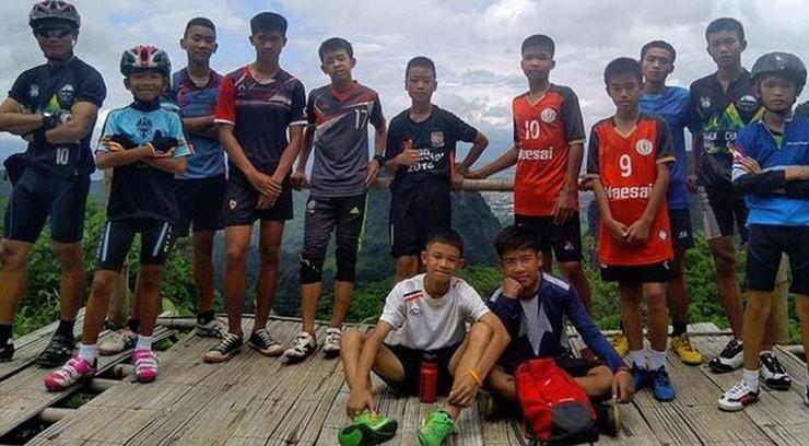 tajland, dečaci, pećina