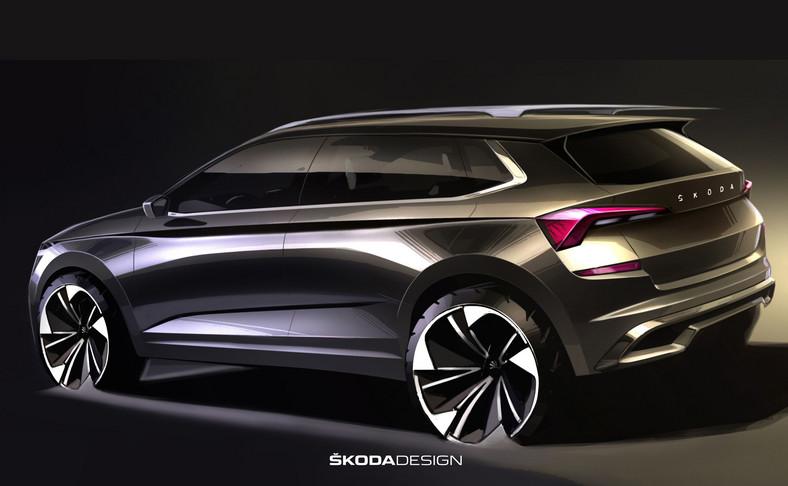 """Kamiq będzie pierwszym SUV-em w Europie z napisem """"SKODA"""" na środku pokrywy bagażnika zamiast klasycznego logo marki, znanego z innych modeli"""