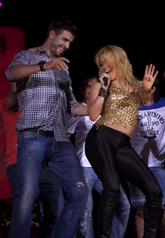 Shakira uderza kijem! Zobacz! WIDEO